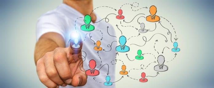 AI, artificial intelligence, senior leadership roles, candidates, hire, recruitment, analysis, organizations