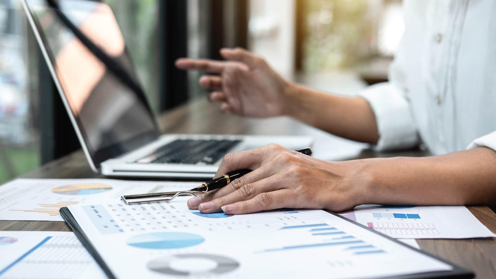 Top 4 Ways CIOs can Slash IT Budgets