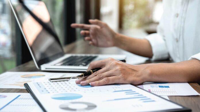 Four Ways CIOs Can Control Digital Transformation Costs