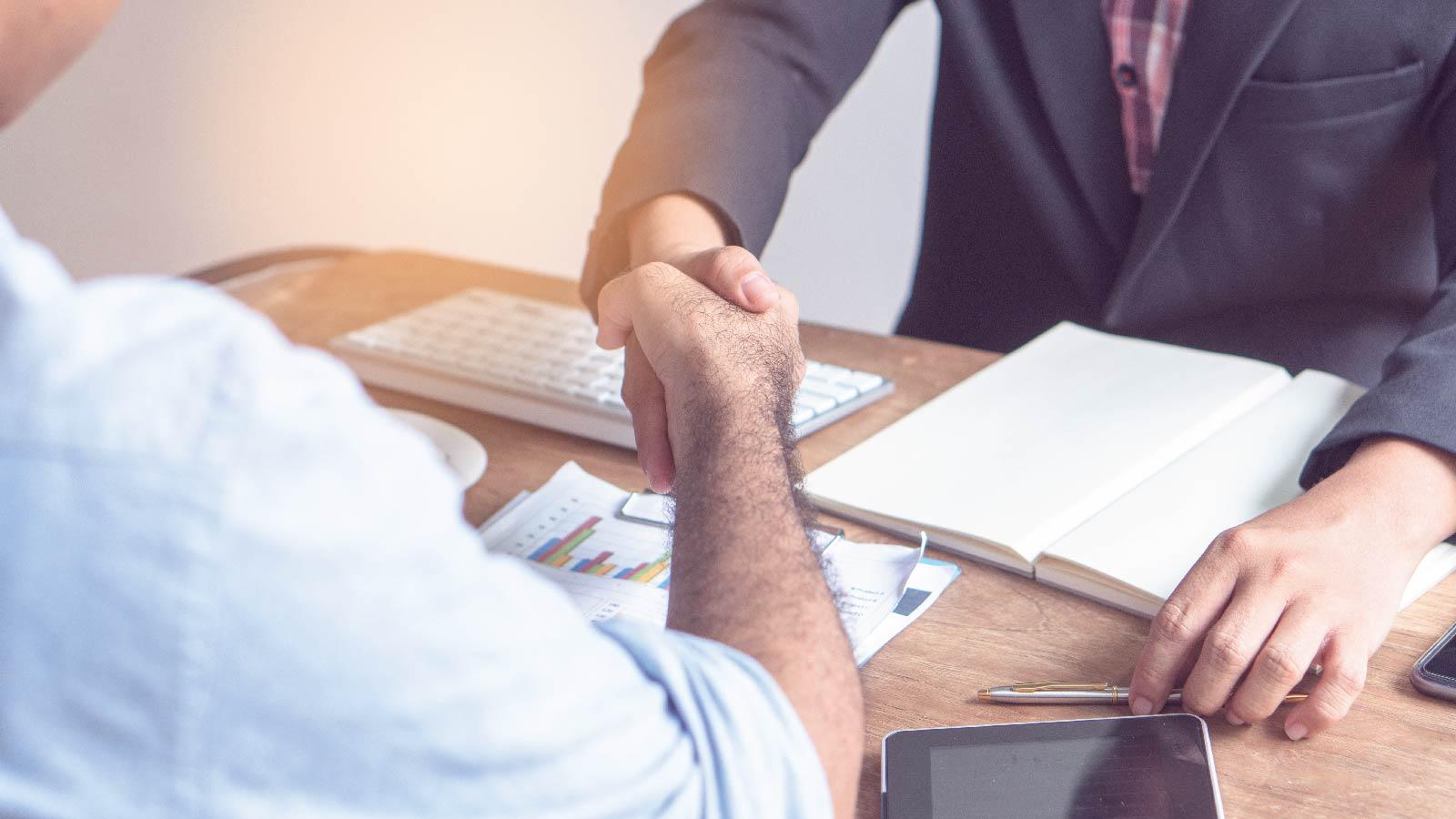 Negotiating a Job-Offer in Uncertain markets